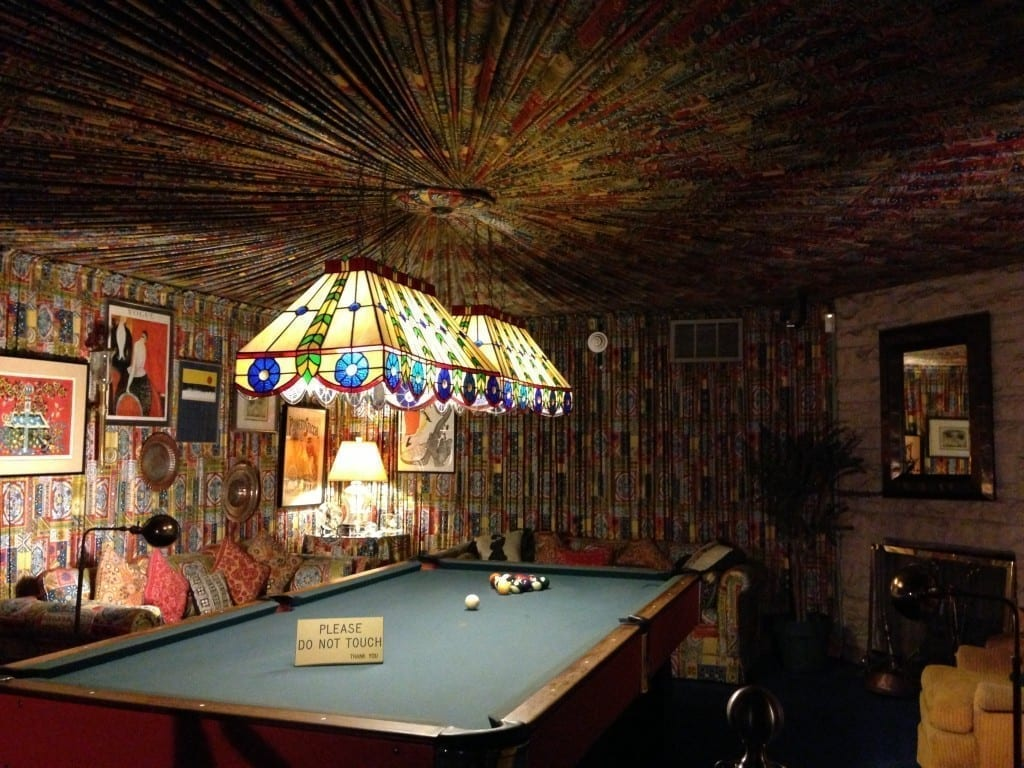 graceland billards room