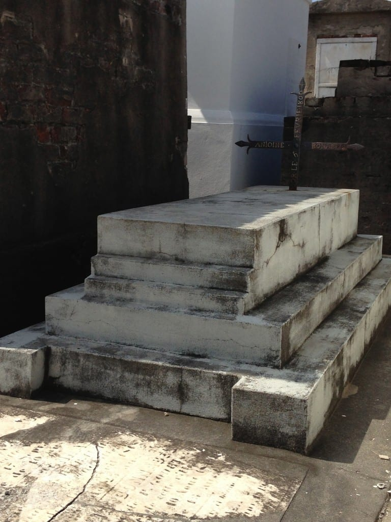 oldest grave