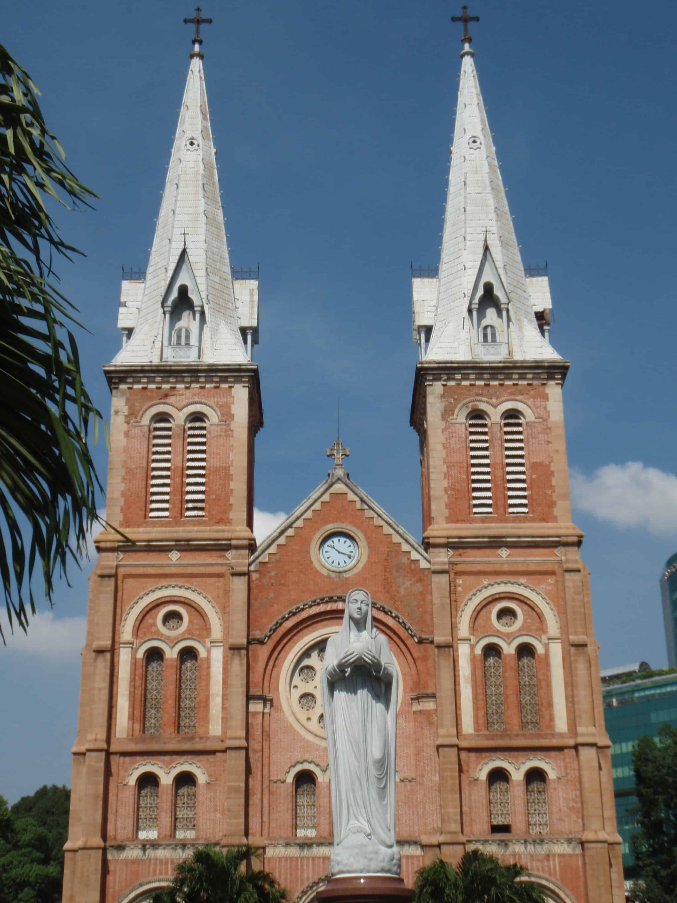 Things to do in Saigon: Four Must See French Colonial Buildings of Saigon
