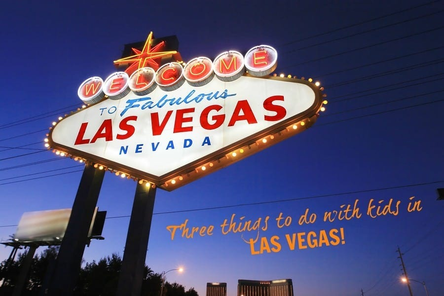 Welcome-to-Las-Vegas-sign-at-t-15794216