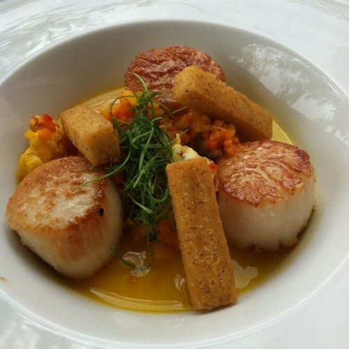 sea scallops and crisp polenta at Peller Estates