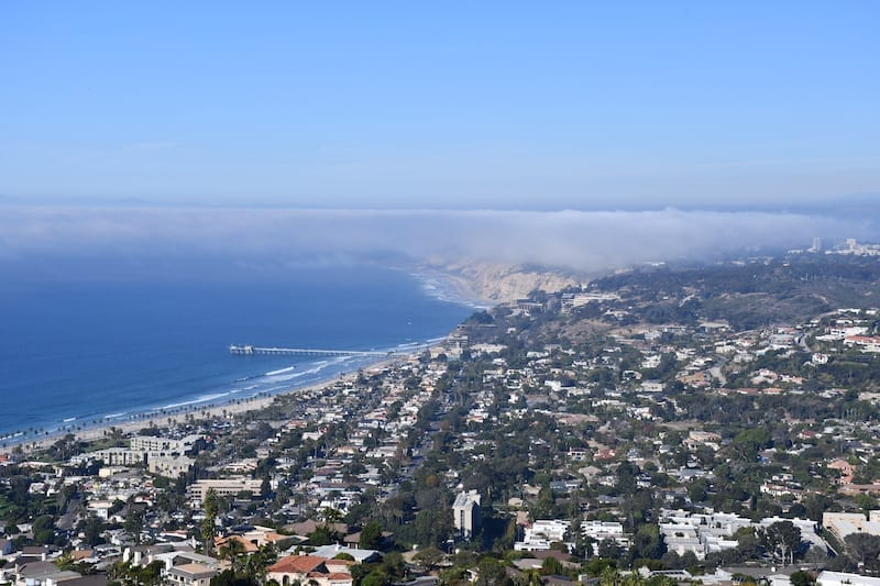 Looking for cool things to do in San Diego? Mount Soledad Overlook in La Jolla is one of them. Click over as this list has some well-known-but-worth-it destinations, along with a few off the beaten path ones to explore.