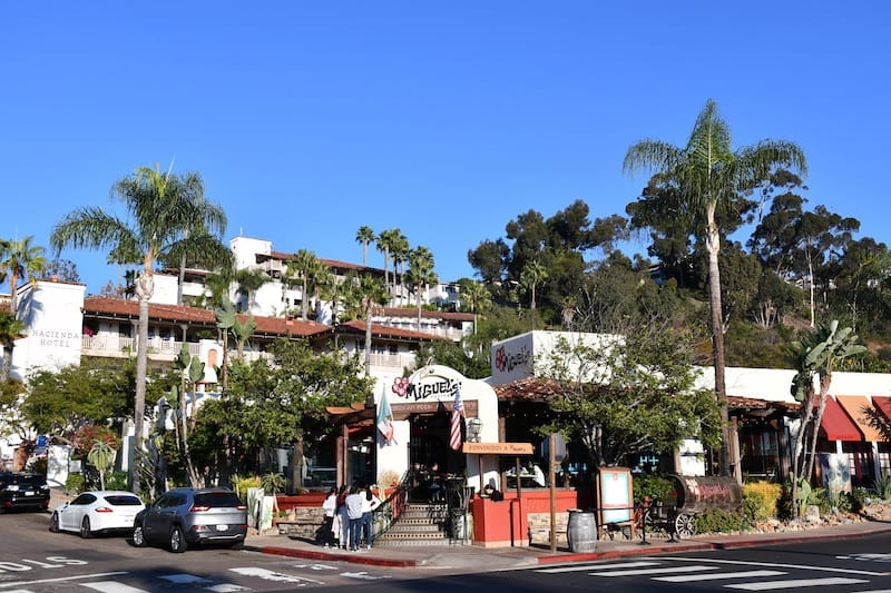 Looking for cool things to do in San Diego? San Diego Old Town is one of them. Click over as this list has some well-known-but-worth-it destinations, along with a few off the beaten path ones to explore.