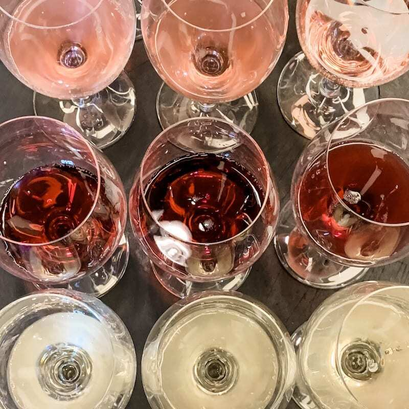 Guide: How to Taste Wine Like a Pro
