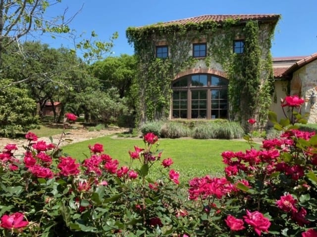 Texas Hill Country Wineries - Duchman Family Winery